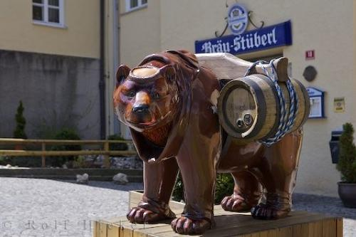 Established in 1040, the Weihenstephan brewery located in Weihenstephan, Germany is considered to be the oldest breweries in the entire world. It received its license in 1040 but its historical lineage can be traced back to 768 when there is documentation stating that a hop garden was located on the area.